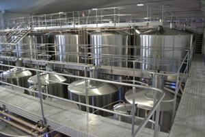featured image Higienização de tanques de vinho e suco de uva – dicas importantes