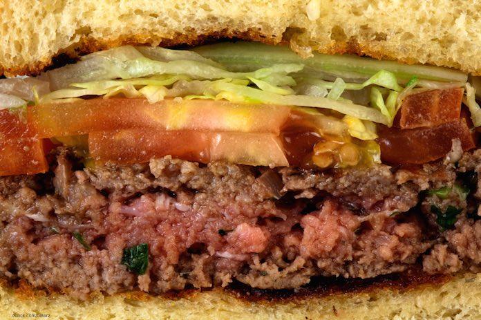 featured image Restaurantes não explicam os riscos da carne mal cozida aos clientes