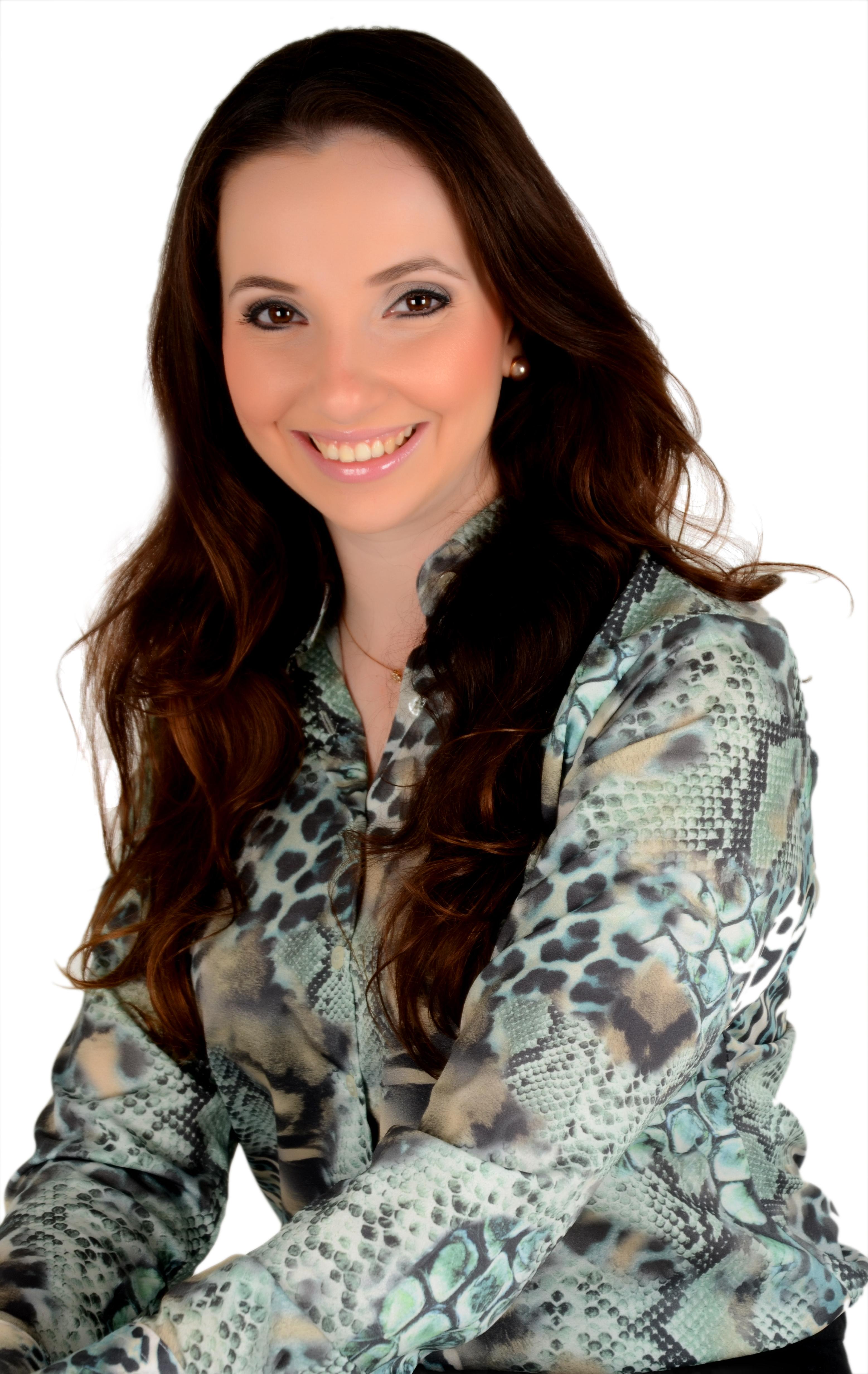 featured image Entrevista com colunista Danielle Parra