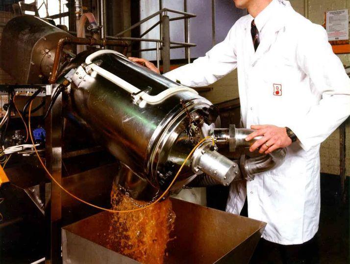 filtracao-de-suco-de-maca-separacao-de-solidos-e-liquidos