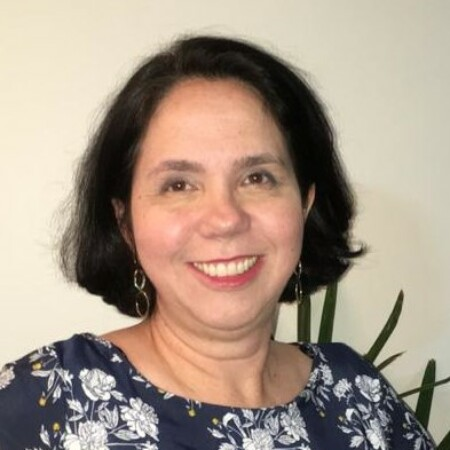 avatar for Carla Lima Gomes