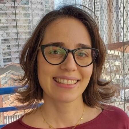 avatar for Aline Rezende Rodrigues